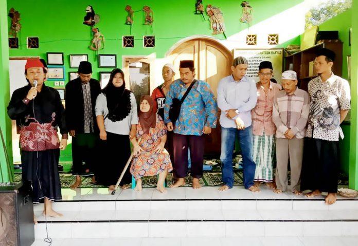 Program Umroh Pesantren Rakyat