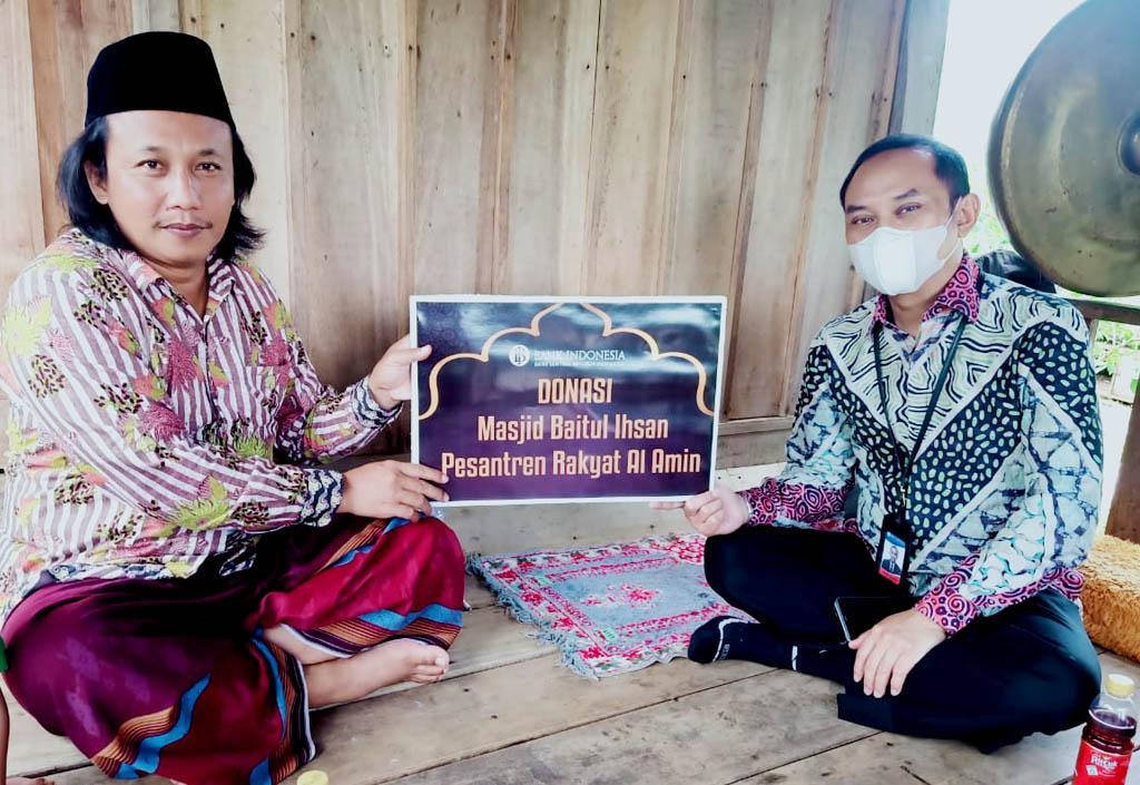 Karyawan BI Malang Salurkan Donasi Masjid Baitul Ihsan Pesantren Rakyat